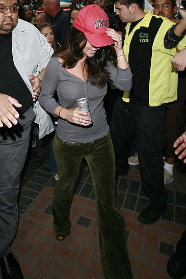 Britney Bez Stanika  Zdj  Cia